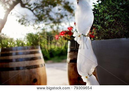 floral decoration outdoor ceremony