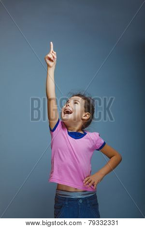 Girl screams raising his hand up