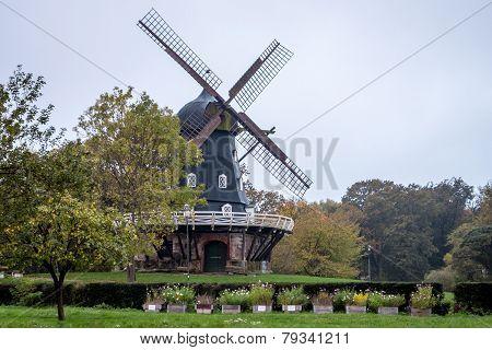 Slottsmollan Windmill