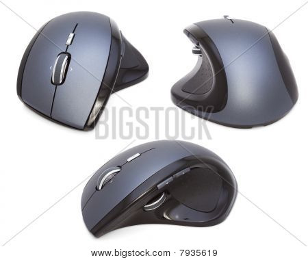 Três Mouses ergonômicos modernos isolados