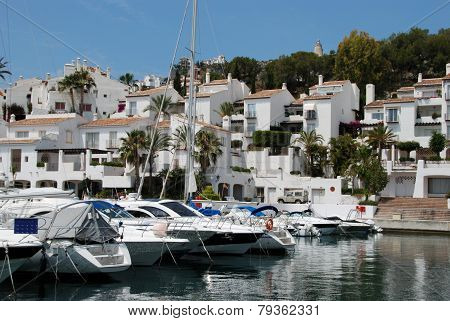 Marina del Este harbour and town.