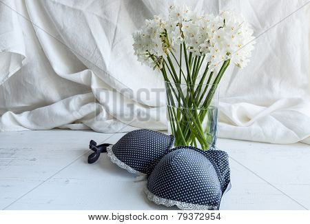 Bra, Thong And Lingerie With White Flowers