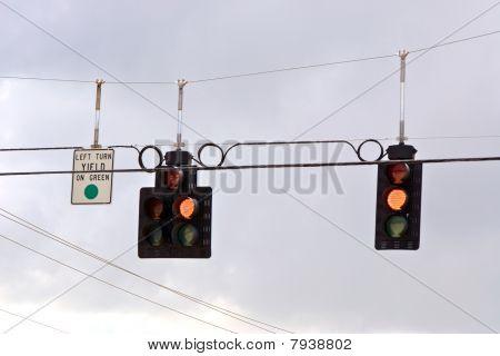 Trafic Ampel Serie gelb Ausbeute