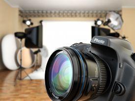 pic of flashing  - DSLR camera in photo studio with lighting equipment - JPG