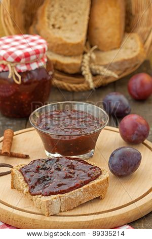 Plum jam with fresh ripe plums