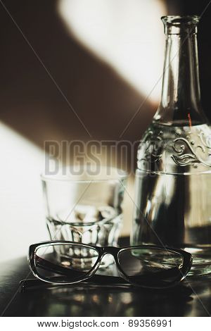 Glass, decanter and glasses