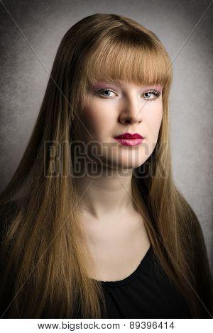 Portrait Blond Woman