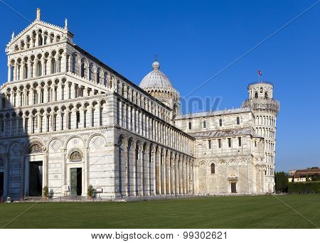 Italy Pisa. The Cathedral and the Leaning Tower in Cathedral Square