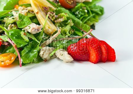 Salad With  Chicken And Strawberry