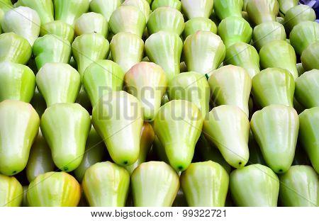 Green rose apple