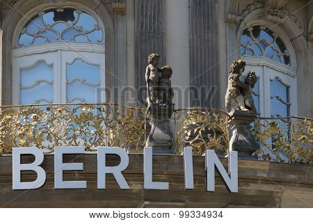 berlin - name on building