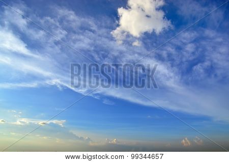 Clear blue sky with white cloud (Wallpaper, background, artwork, abstract design)
