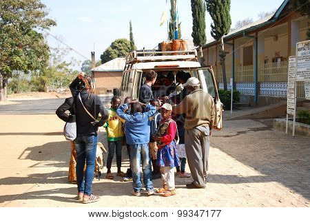 August 28 2014-Iringa-Tanzania-Africa-A vehicle load of unidentified people that are transported by the volunteers of the NGO