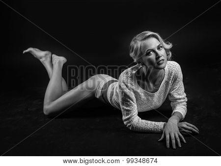 Fashion photo of beauty woman on dark background