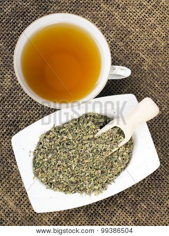 Cistus incanus tea and dried herb
