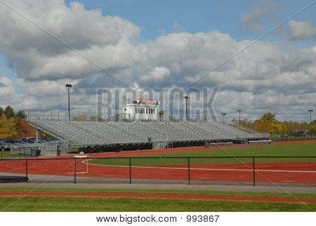 Track & Stands