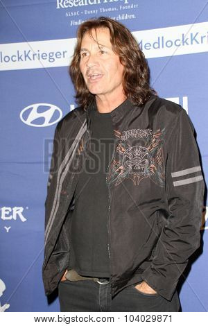 MOORPARK, CA - OCT 5: Dave Brock arrives at the 8th Annual Medlock/Krieger Invitational Golf Concert at the Moorepark Country Club in Moorpark, CA on October 5, 2015.