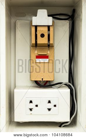 Circuit Breaker And Socket