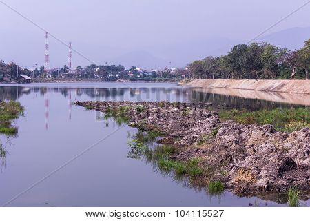 Nong Dang Reservoir In Chomthong Chiangmai Thai