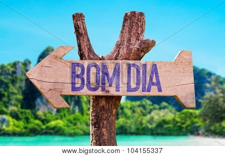 Good Morning (in Portuguese) arrow with beach background