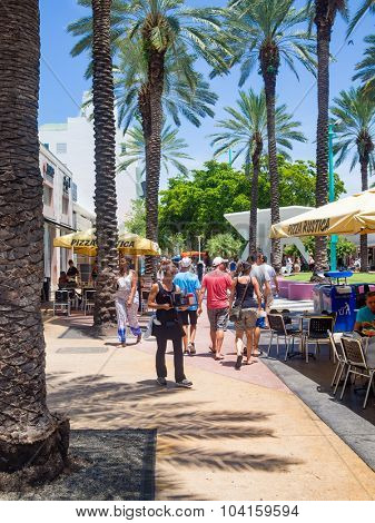 MIAMI,USA - AUGUST 8,2015: Lincoln Road, a tourist landmark and shopping boulevard in Miami Beach