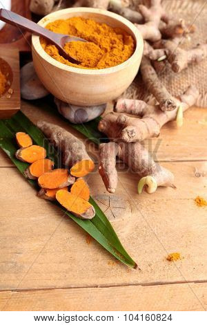Phlai Herb, Cassumunar Ginger Both Fresh And As A Powder For The Skin Scrub.