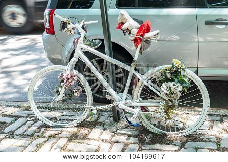 Ghost bike in New York