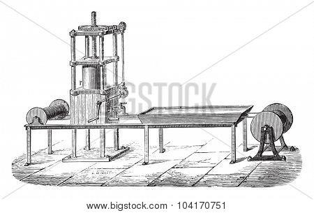Press machine, vintage engraved illustration. Industrial encyclopedia E.-O. Lami - 1875.
