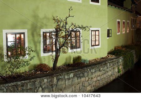 Casa en la orilla del río en Cesky Krumlov
