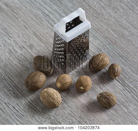 Grated, Nutmeg