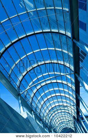 zeitgenössische blauem Glas Flur in Business Office center