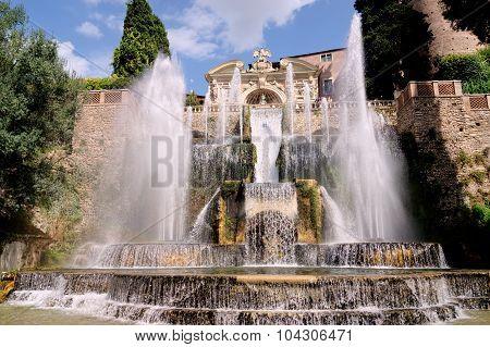 Cardinal d'Este villa fountains, Italy