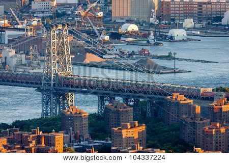 Williamsburg Bridge And East River, Manhattan, New York City