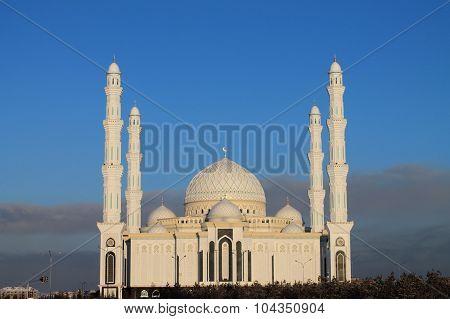 mosque Hazret Sultan in Astana