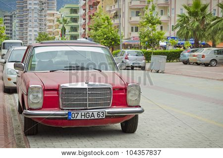 Old Mercedes on the street of the village of Kemer in Turkey in may