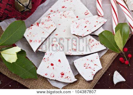 White and dark chocolate bark with candy