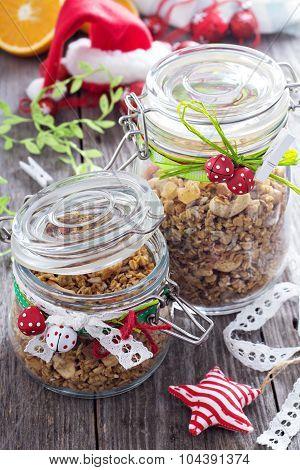 Homemade granola as present