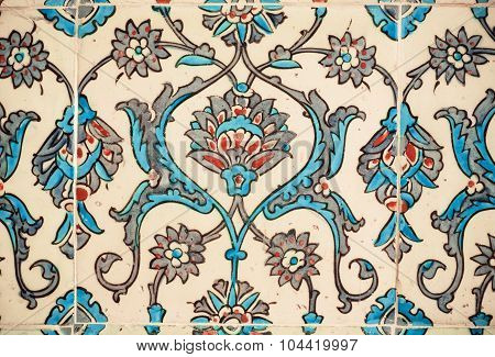 Flower patterns on ceramic tiles in the old Turkish style
