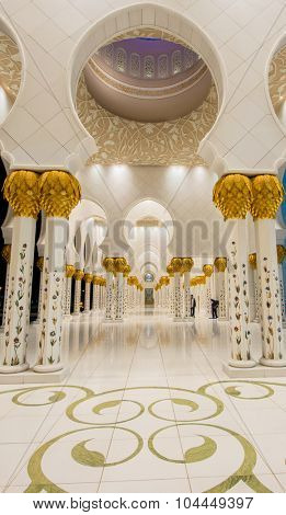 Abu Dabi - JANUARY 9, 2015: Sheikh Zayed mosque on January 9 in Abu Dabi, UAE. Sheikh Zayed mosque is the largest in UAE