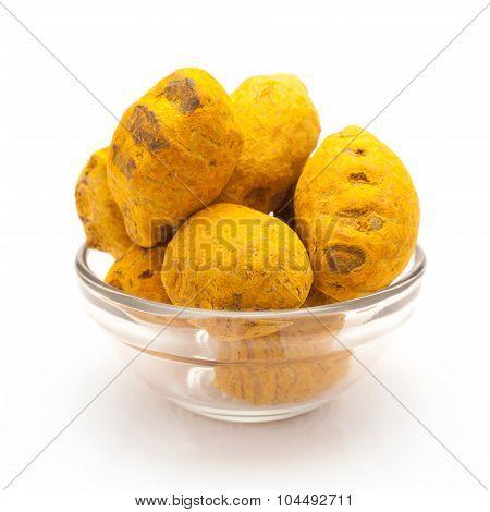 Bowl of Organic Round Turmeric.