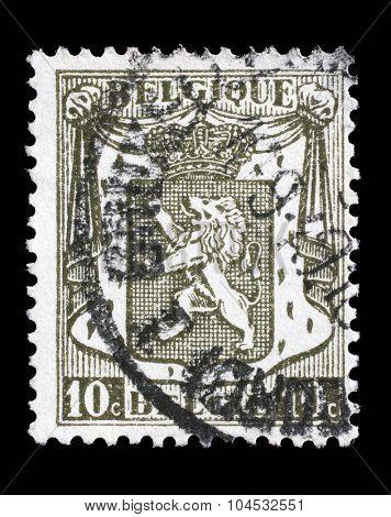 BELGIUM - CIRCA 1912: A stamp printed in Belgium shows Belgian coat of arms, circa 1912