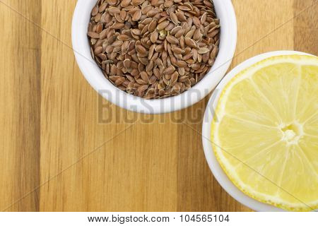 Lemon and linseeds