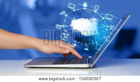 Hand working with a Cloud Computing diagram, new technology concept
