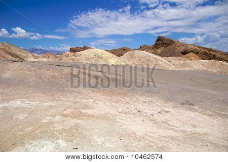 Zabriskie Point road