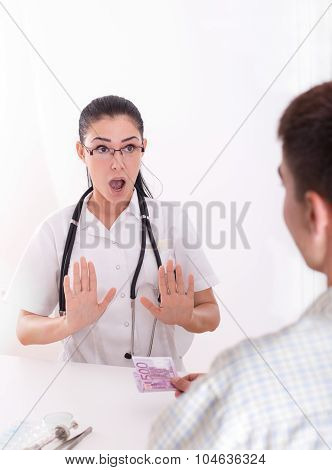 Doctor Refusing Bribing