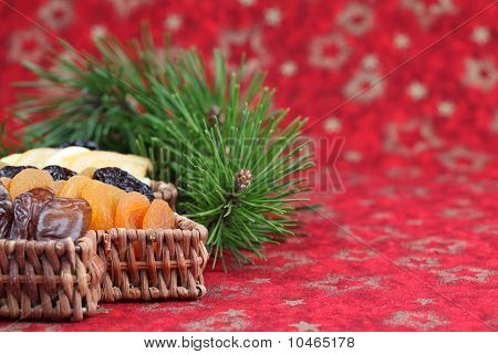 Christmas tree basket with dried fruits