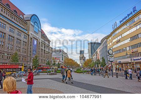 Mall Kadewe, Square Wittenbergplatz, Berlin