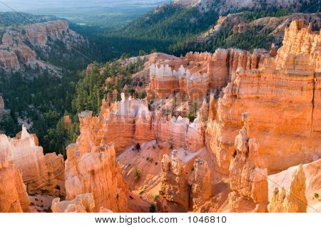 Sunrise In Bryce