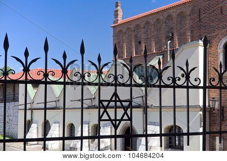 Old Synagogue In Jewish District Of Cracow - Kazimierz ,in Poland