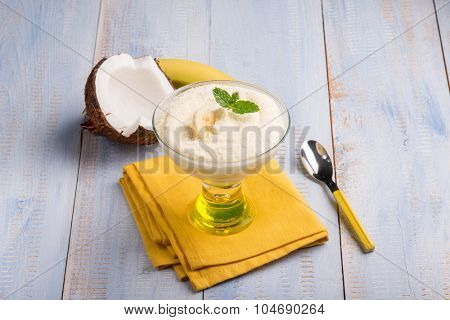 coconut and banana mousse